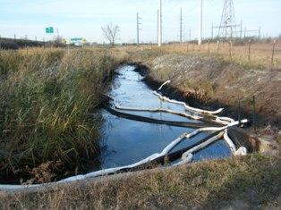 Million gallon oil leak near the BP refinery in Whiting IN
